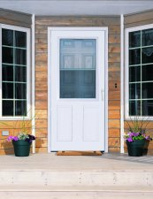 Lifestyle Full View & Larson Storm Doors - Suburban Construction - Lifestyle - Iowa ... Pezcame.Com